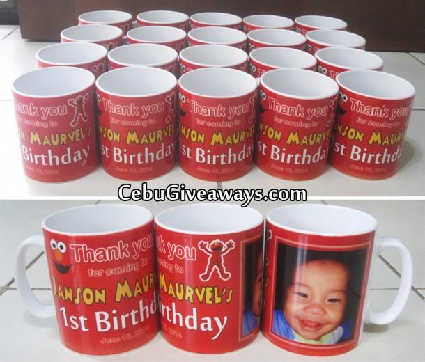 Elmo Theme Personalized Mugs (Janson Maurvel)