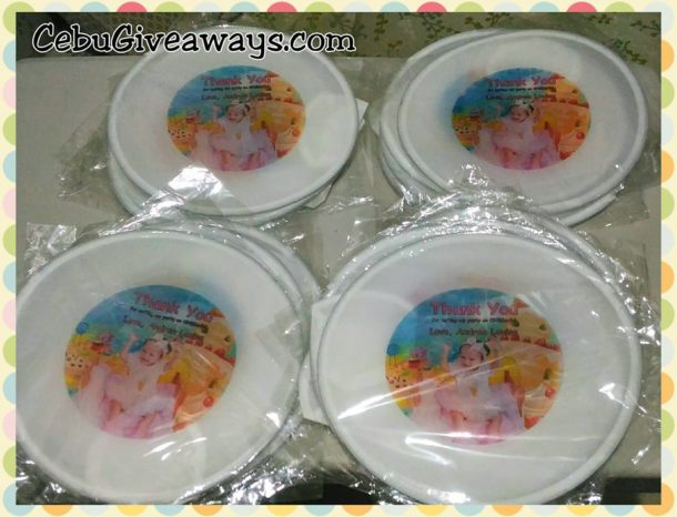 candyland-theme-white-round-fans